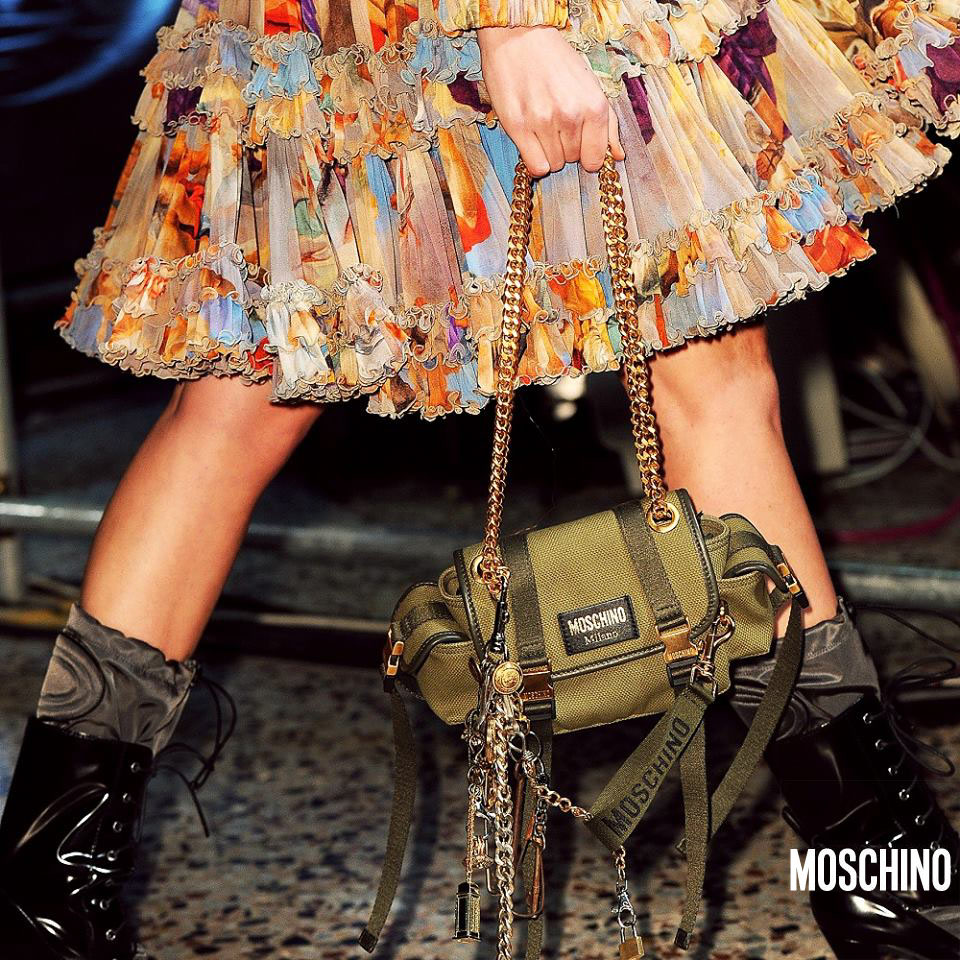 Moschino Online Store Collection Fall/Winter 2017